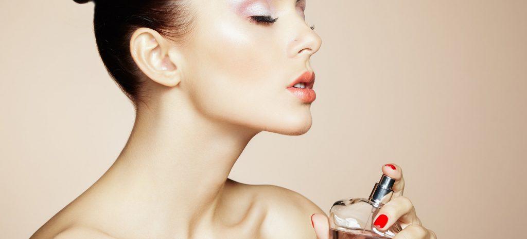 cách giữ mùi nước hoa lâu