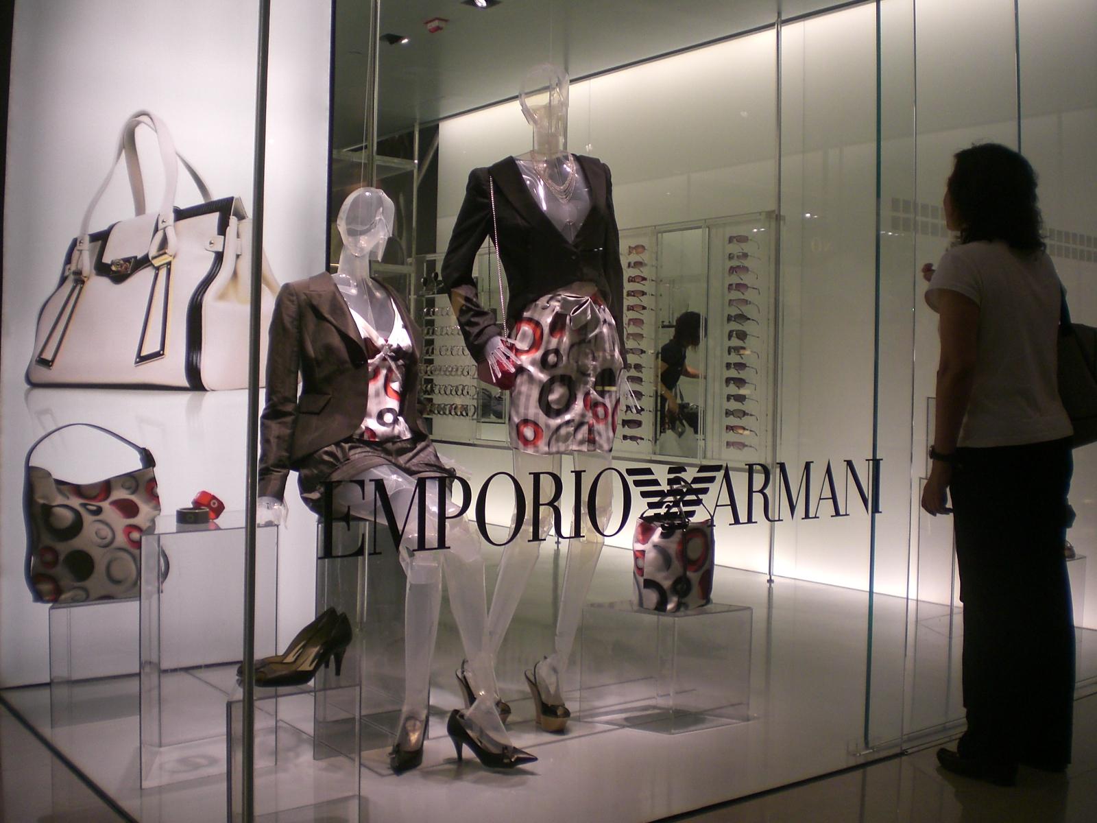 thời trang Armani