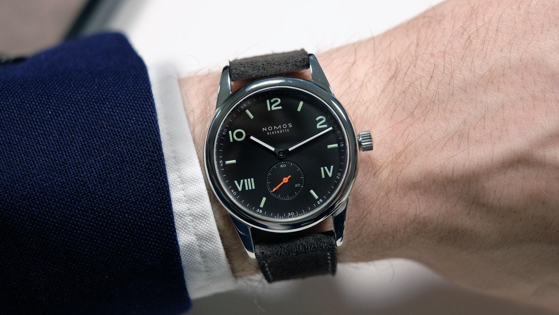 đồng hồ NOMOS Glashütte
